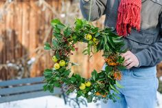 Find out how to make five Christmas wreaths in a range of styles, using foliage and berries from the garden, with advice from BBC Gardeners' World Magazine.