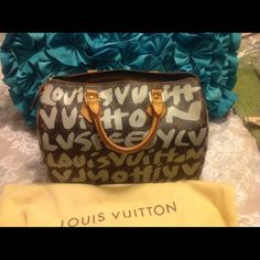 Authentic LV Stephen Sprouse Graffiti Speedy 30 Excellent condition. Beautiful even honey colored patina. No stains or irregularities inside or out. Price negotiable but no low balling. This bag is a classic.  I DO NOT TRADE EVER, SO PLEASE DONT ASK. The print is more like a grayish color as opposed to white how it looks in photos. Louis Vuitton Bags