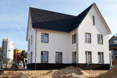 Saksen Weimar, realisatie koopwoningen, oktober 2013 Mansions, House Styles, Outdoor Decor, Buildings, Home Decor, Weimar, October, Decoration Home, Room Decor