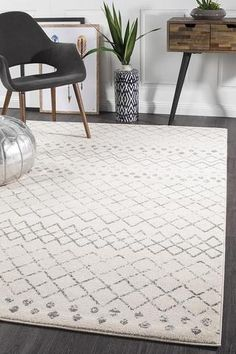 💕💕 Our Kemi 1152 Grey Modern Tribal Boho Rug features a stunning pattern in modern neutral tones. Non-shedding, durable, and super soft, this rug would make a great addition to your home or office. Fluid Design, Tribal Rug, Tribal Style, Rustic Rugs, Transitional Rugs, Neutral Palette, Neutral Tones, Round Rugs, Small Rugs