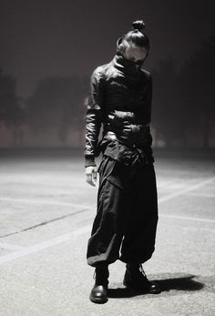 | Post-apocalyptic/Cyberpunk/Dystopian Avant-Garde Fashion | #fashion #jacket #leather #clothing #belt #pants #boots