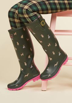 Splash the Time Rain Boot in Frenchies. En route to your destination with plenty of time to spare? #green #modcloth
