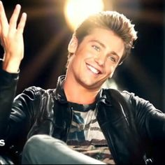 Bastian Baker Bastian Baker, France, Album, Famous People, Musicians, Hot Guys, Beauty, Singers, Dancing With The Stars