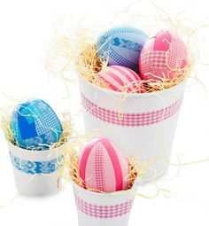 Easy patterned eggs, made with washi tape. How-to plus more ideas: http://www.midwestliving.com/homes/entertaining/spring-centerpieces/page/4/0#