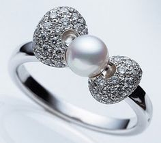 sparkle hello kitty things | Mikimoto Pearls X Hello Kitty Fine Jewelry Collection