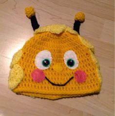 Con cariño, Marcia: Maya the bee  Crochet hat Maya the bee
