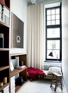Radiofabriken  / Industriverket  #oscarproperties  kungsholmen, living room, style, design, interior, window, clean, modern, carpet, chair, sofa, blue sofa, lamp, inspiration, interior, cosy