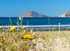Enjoy the sunny days on the Costa Blanca. Arenal-Bol beach in Calpe, 25º. www.abahanavillas.com