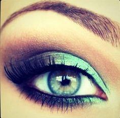 Sea green metallic eye shadow. #Jerseylicious #Inspiration
