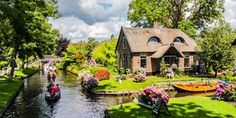 Giethoorn, Netherlands. : CozyPlaces