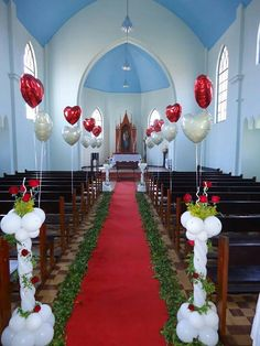 Attractive and affordable, balloons crop up everywhere in the wedding scene. Check out these magically beautiful wedding balloon decorations. Wedding Balloon Decorations, Church Wedding Decorations, Balloon Centerpieces, Wedding Balloons, Wedding Centerpieces, Wedding Church, Shower Centerpieces, Columns Decor, Engagement Balloons