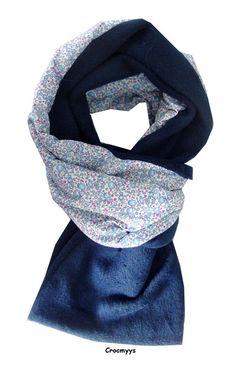 Echarpe liberty éloïse bleu doublée polaire bleue marine   Echarpe, foulard,  cravate par crocmyys 82f03dc7ad1