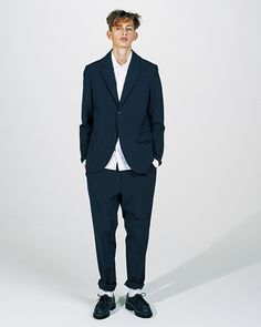 nanamica Unveils Its Transitional Styles for 2017 Spring/Summer Powerful Pictures, Holiday Fashion, Holiday Style, Brand Store, Transitional Style, Two By Two, Suit Jacket, Spring Summer, Mens Fashion