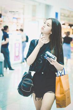 Fashion Tag, Daily Fashion, Jeon Somi, Looking Forward To Seeing, Airport Style, Balenciaga City Bag, Korean Actors, Kpop Girls, Girl Group