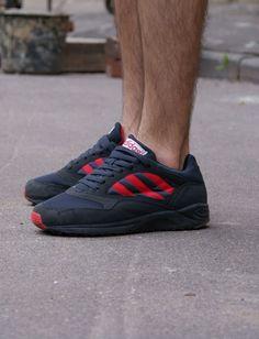promo code 4427b f75a8 adidas Originals Tech Road  Black Red