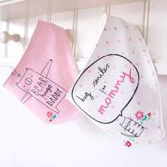 2Pcs/Lot Cute Cartoon Printed Letters Baby Bibs Newborn Cotton Soft Triangle Scarf Bib Saliva Towel Toddler Burp Clothes
