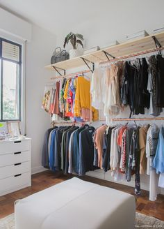 Cheap closet: meet 10 tips and 60 creative ideas for decorating - New decoration. - Cheap closet: meet 10 tips and 60 creative ideas for decorating – New decoration styles Source by - Open Wardrobe, Diy Wardrobe, Wardrobe Design, Wardrobe Furniture, Wardrobe Ideas, Cheap Home Decor, Diy Home Decor, Decor Room, Home Decoration