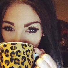Love the mug! && the eyebrows! Great shape to those brows!