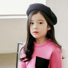 Cute Asian Babies, Asian Kids, Cute Babies, Cute Baby Pictures, Girl Pictures, Ulzzang Kids, Korean Model, Cute Little Girls, Child Models