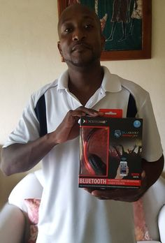 Dean used 4 voucher bids to win these Bluetooth headphones for only $0.20! #QuiBidsWin