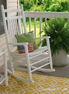 www.farmhouse40.com Greet your guest with a pretty bright front porch. Simple, Easy and Fun