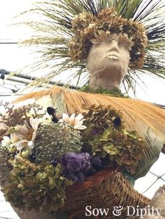 The Harvest Goddess - a celebration of the season made with corn stalks dried grasses and flowers. A beautiful garden art piece for all you folklore lovers out there! Garden Junk, Garden Beds, Garden Art, Corn Stalks, Autumn Garden, Garden Projects, Backyard Projects, Garden Inspiration, Beautiful Gardens