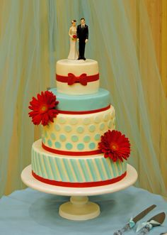 aqua blue and red wedding cakes blue and wedding cake by 2tarts bakery new 10805