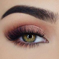 awesome Обворожительный макияж глаз — Современные тенденции и пошаговые фото Check more at https://dnevniq.com/makiyazh-glaz-poshagovoe-foto/