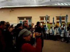 Himno Nacional Argentino cantado en quichua por niños quichuistas