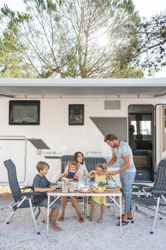Falkensteiner Premium Camping Zadar is the only camping area in Zadar. Exceptional design, excellent cuisine and service, professional childcare. Parks, Family Camping, Croatia, Road Trip, Outdoor Decor, Design, Campsite, Design Comics, Park