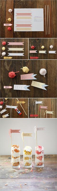 diy place card flags + free printables party kids fiestas niños carteles nombres vasos postre