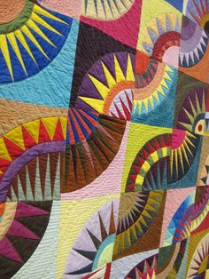 New York Beauty, Color Theory I: Color Doesn't Matter by Deborah Lancaster.  Photo by The Plaid Portico.  2014 Pacific International Quilt Festival.