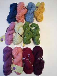 Nereidsgallery - Hand-painted Yarn - Natural Dyeing  100 gr - 374 m