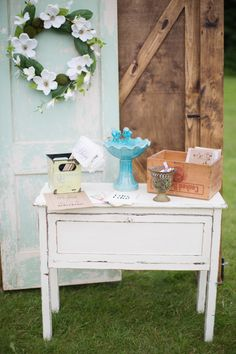 outdoor wedding ceremony ideas http://www.weddingchicks.com/2013/09/05/hope-glen-farm/