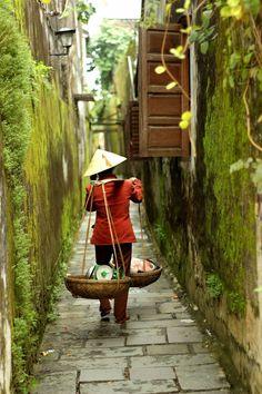 #Vacaciones únicas en #Vietnam, el país de las 54 etnias. Ruta: Hanoi / Halong / Danang / HoChiMinh