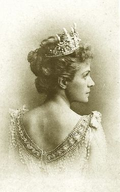 Pearl & Diamond Tiara worn by Infanta Eulalia of Spain. Infanta Eulalia of Spain, Duchess of Galliera; from her sister-in-law, Queen Maria Christina of Spain, on the occasion of her 1886 marriage to Infante Antonio, Duke of Galliera. Created by del Mazo.
