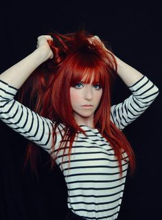 Ruiva bonita, red hair with blue eyes. OH MY GOODNESS