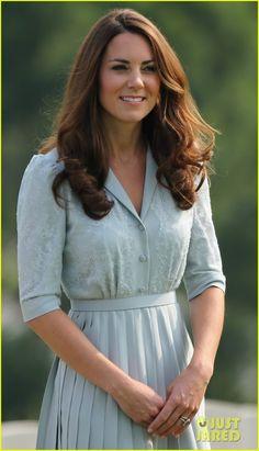 Kate Middleton in a Jenny Packham dress. #KateMiddleton