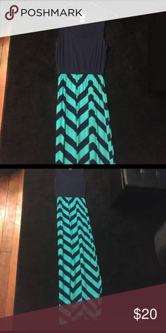 Chevron maxi dress Navy and teal chevron maxi dress. Perfect for summer! 64% polyester 33% rayon 3% spandex Faded Glory Dresses Maxi