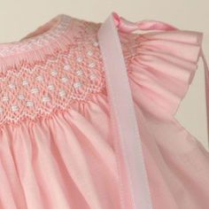 detalle de imagen - unusual band of smocking