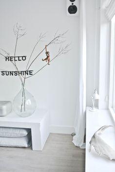 Design klassieker: het aapje van Kay Bojesen in de woonkamer van @Miranda Marrs Lugtenburg! #scandinavian #kaybojesen Home And Living, Living Room, Interior Decorating, Interior Design, Holiday Decorating, Scandinavian Home, Lisa, Comfort Zone, Interior Inspiration