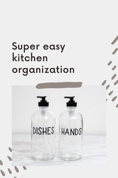 These clear glass hand and dish soap dispensers are perfect for your kitchen! The custom labels make sure your kitchen counter is looking beautiful and organized. Kitchen Soap Dispenser Ideas - Refillable Dish Soap Bottles for Kitchen Sink - Modern Farmhouse Kitchen Sink Decor - Kitchen Update Ideas - Kitchen Sink Soap Organization Kitchen Sink Decor, Modern Kitchen Sinks, Farmhouse Sink Kitchen, Modern Farmhouse, Kitchen Soap Dispenser, Soap Dispensers, Organized Kitchen, Soap Pump, Personalized Wine