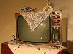 Η παλιά τηλεόραση με το σεμεδάκι της μάνας! - radioaetos.com