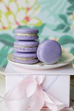 I'm often asked how to add flavour into the macaron shells so today I'm introducing this new macaron recipe which incorporates this element. After a few days of recipe development, I&#8…