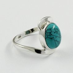TURQUOISE STONE ATTRACTIVE DESIGN 925 STERLING SILVER RING