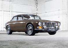 1968-jaguar-xj6-10