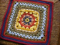 "Day 19: 12"" Block of the Day - Morning Glory by Teresa J Kohlhoff  Free Pattern: http://www.heartmadeblessings.org/Patterns/morningglory12.php  #TheCrochetLounge #12inch #grannysquare Pick #crochet"
