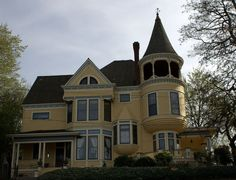 Johan Poulsen House in Southeast Portland, Oregon. Amazing Architecture, Interior Architecture, Interior Design, Victorian Style Homes, Yellow Houses, Old Mansions, Second Empire, Still Standing, Old Houses