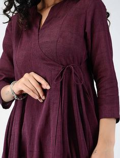 Simple Kurti Designs, Kurta Designs Women, Blouse Designs, Fancy Dress Design, Frock For Women, Kurti Embroidery Design, Kurta Neck Design, Indian Designer Suits, Kurti Designs Party Wear