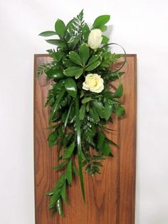 Learn how to make pew end decorations, bridal bouquets, altar sprays, candelabra flowers and more! Buy fresh flowers and discount florist supplies online. Altar Flowers, Church Flower Arrangements, Aisle Flowers, Wedding Ceremony Flowers, Church Flowers, Beautiful Flower Arrangements, Floral Arrangements, Beautiful Flowers, Fresh Flowers